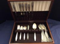 State House Sterling Flatware in Walnut Silver Chest